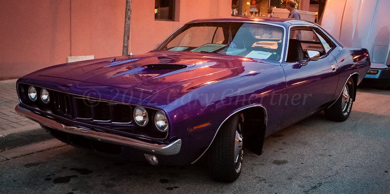 http://www.hotcarsarecool.com/wp-content/gallery/1971-plymouth-barracuda/lombardcruisenight-_mg_6766.jpg